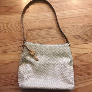 Fossil Straw Shoulder Purse With wooden Fossil key